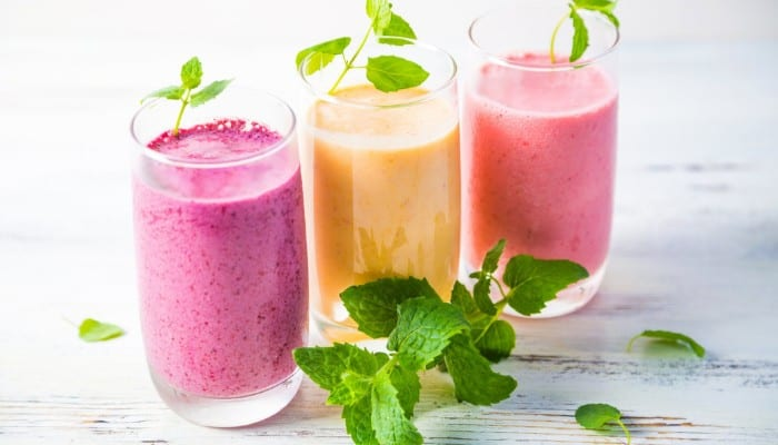 Can you use a Cuisinart food processor to make smoothies?