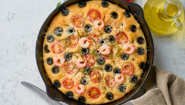 Can You Use A Cast Iron Skillet On A Blackstone Griddle